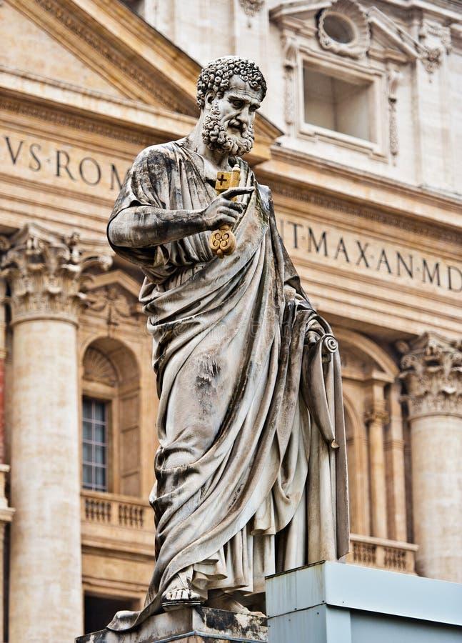 Estatua de San Pedro fotografía de archivo libre de regalías