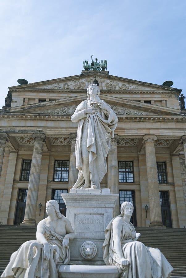 Estatua de Schiller en Berlín imagen de archivo libre de regalías