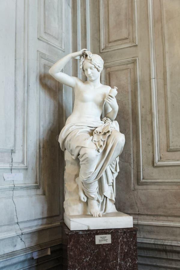 Estatua de un Griego femenino foto de archivo