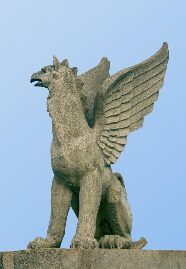 Estatua de un grifo fotografía de archivo