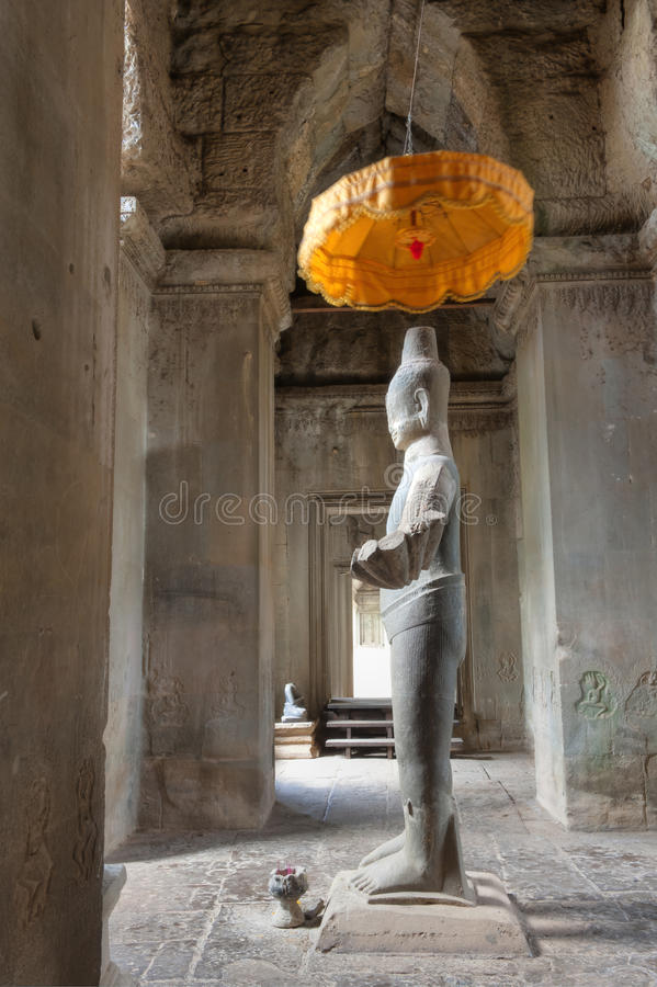 Estatua de Vishnu en Angkor Wat fotos de archivo