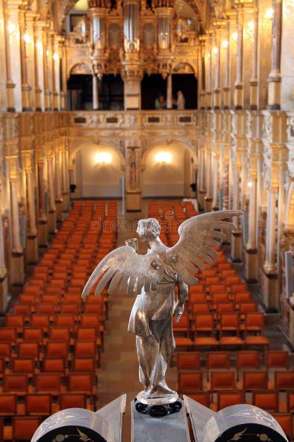 Estatua del ángel en capilla fotos de archivo libres de regalías