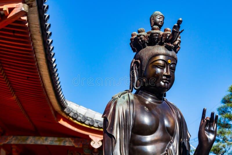 Estatua del Bodhisattva fotos de archivo libres de regalías