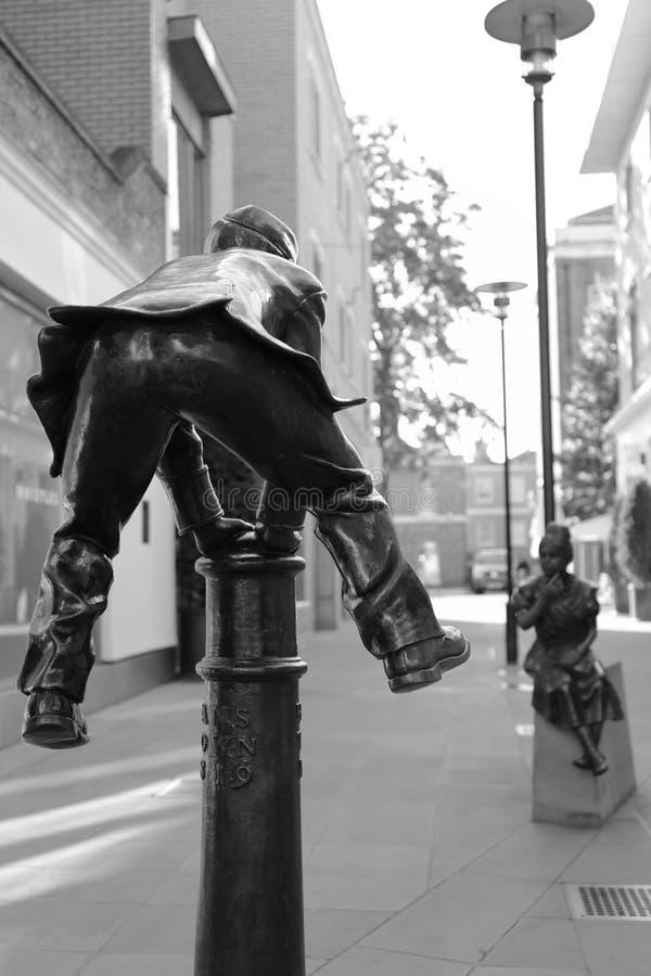 Estatua del bolardo de la pídola imagen de archivo