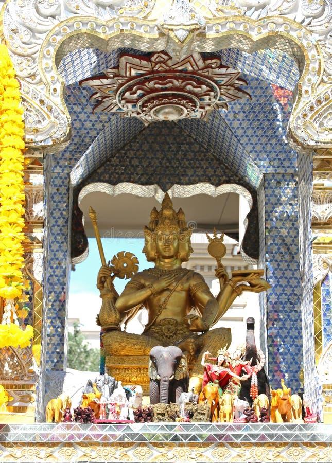 Estatua del Brahma hecho frente cuatro fotografía de archivo