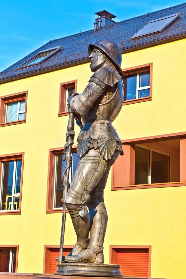 Estatua del caballero imperial Hartmut XII en Kronberg imágenes de archivo libres de regalías