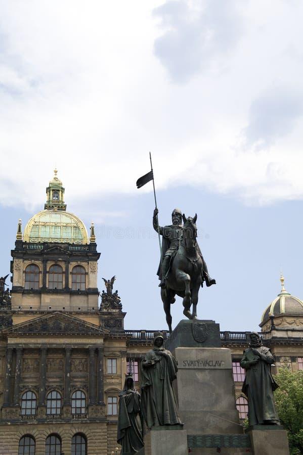 Estatua del caballero Saint Wenceslas en Praga imagen de archivo libre de regalías