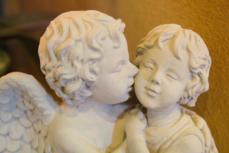 Estatua del cupido fotografía de archivo libre de regalías