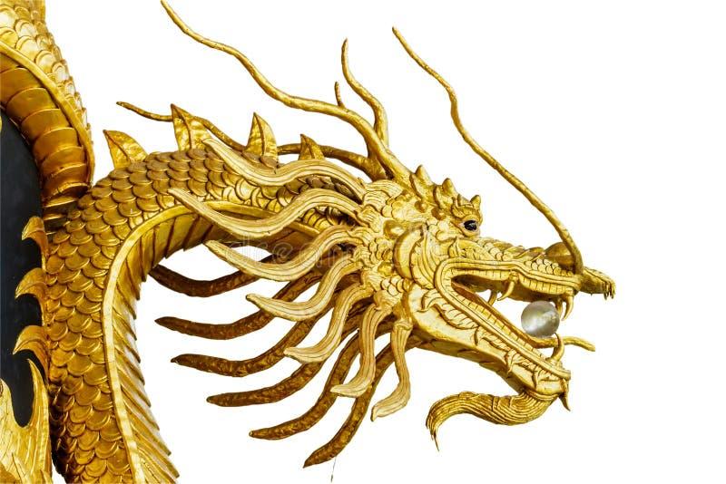 Estatua del dragón del estilo chino aislada en el fondo blanco con cl fotografía de archivo libre de regalías
