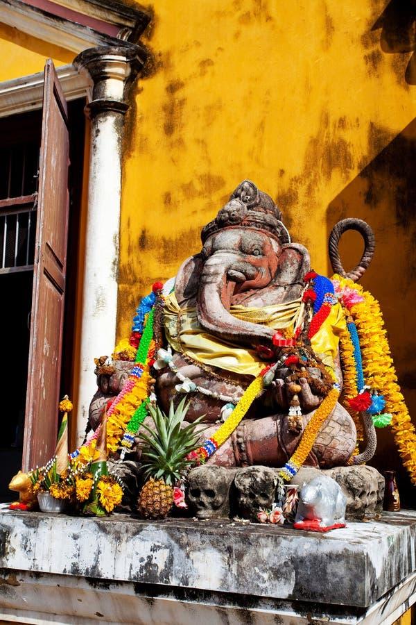 Estatua del ganesha imagenes de archivo