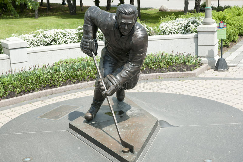 Estatua del jugador de hockey - Ottawa - Canadá foto de archivo libre de regalías