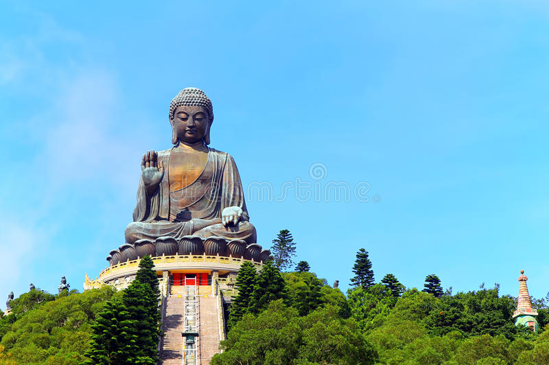 Estatua del moreno tian Buda, Hong-Kong imagenes de archivo