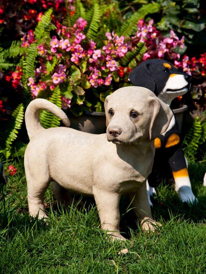 Estatua del perro foto de archivo libre de regalías
