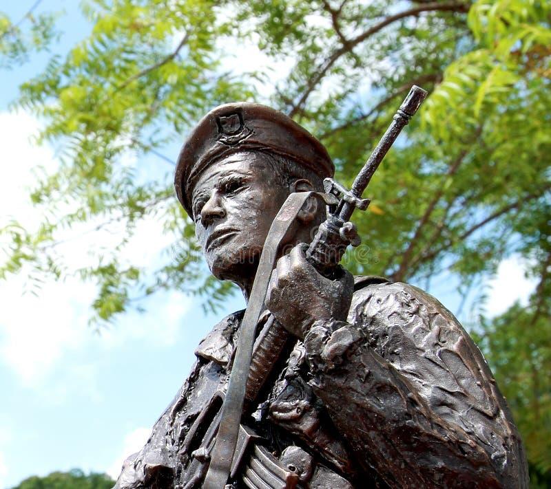 Estatua del policía de la seguridad de la fuerza aérea de Estados Unidos imagenes de archivo