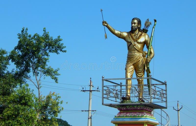 Estatua del revolucionario de Alluri Seetharama Raju 1998 contra el gobierno británico para la libertad imagenes de archivo