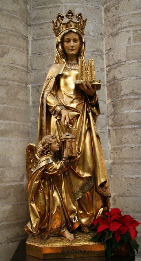 Estatua del santo Gudula en Bruselas foto de archivo libre de regalías