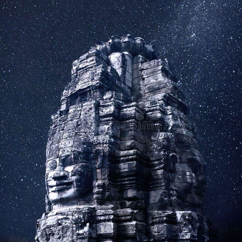 Estatua del templo de Bayon imagen de archivo libre de regalías
