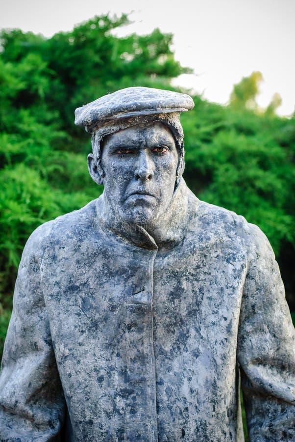 Estatua durante el festival internacional de estatuas vivas fotografía de archivo libre de regalías