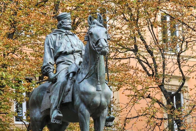 Estatua ecuestre de Giuseppe Garibaldi en Bolonia fotos de archivo libres de regalías