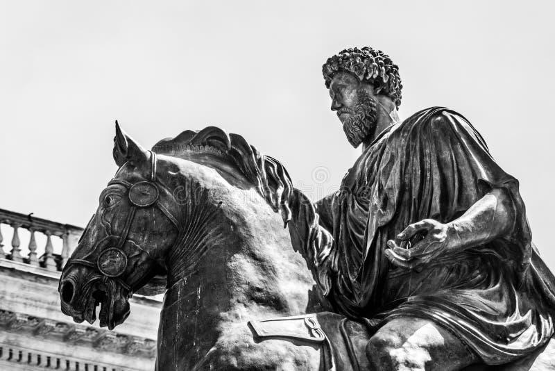 Estatua ecuestre de Marco Aurelio en Roma imagen de archivo