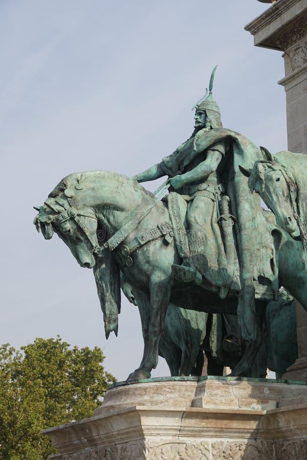 Estatua ecuestre del cacique tribal húngaro foto de archivo libre de regalías