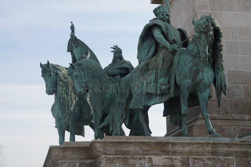 Estatua ecuestre del cacique tribal húngaro imagen de archivo
