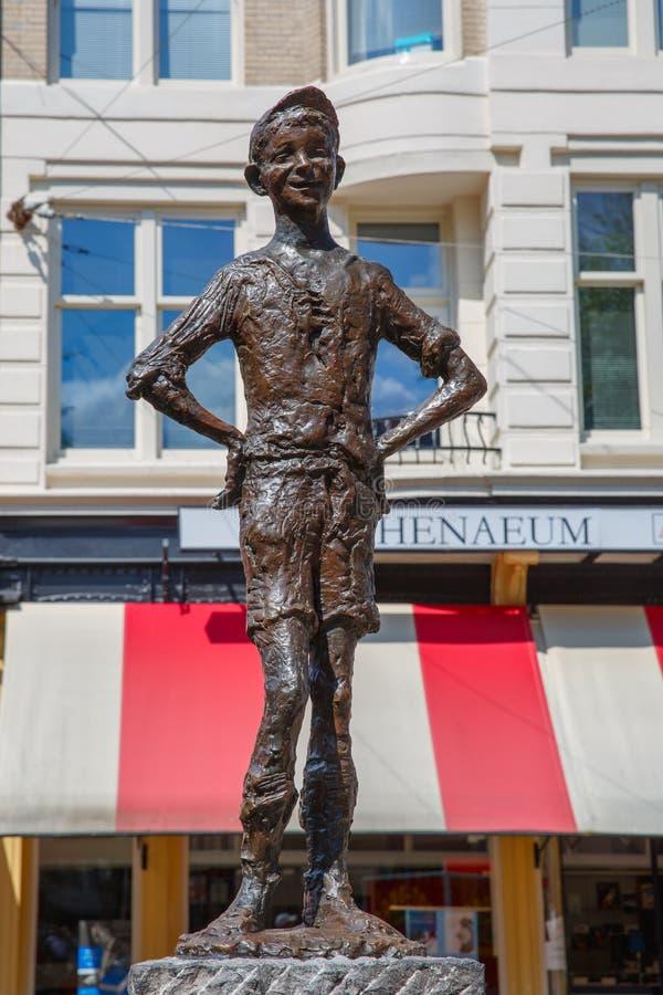 Estatua el pequeño querido en Amsterdam, los Países Bajos imágenes de archivo libres de regalías