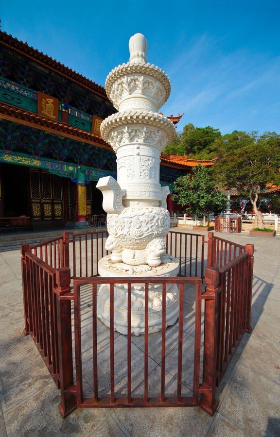 Estatua en el templo de Yuantong, Yunnan China foto de archivo libre de regalías