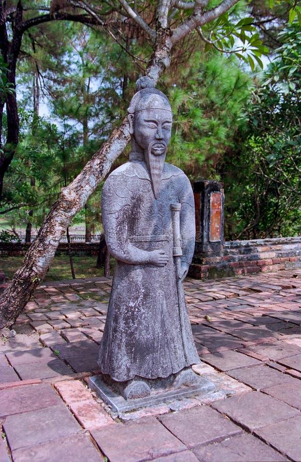 Estatua en la tumba del emperador Khai Dinh, tonalidad - Vietnam fotos de archivo libres de regalías