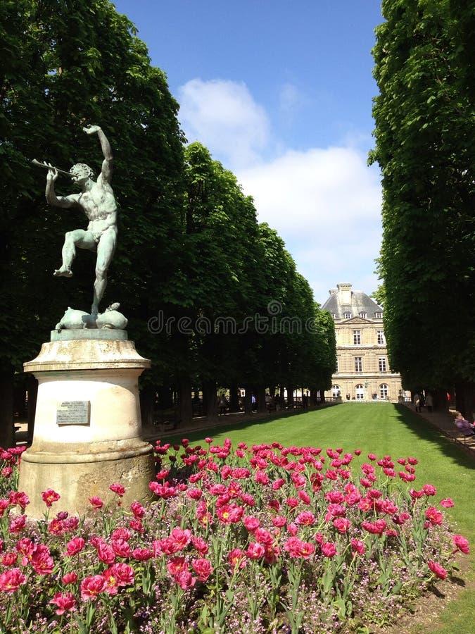 Estatua en parque foto de archivo libre de regalías