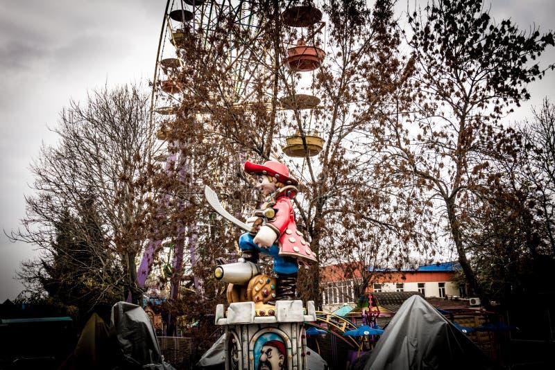 Estatua en un parque de atracciones, Kropyvnytskyi, Ucrania del pirata imágenes de archivo libres de regalías