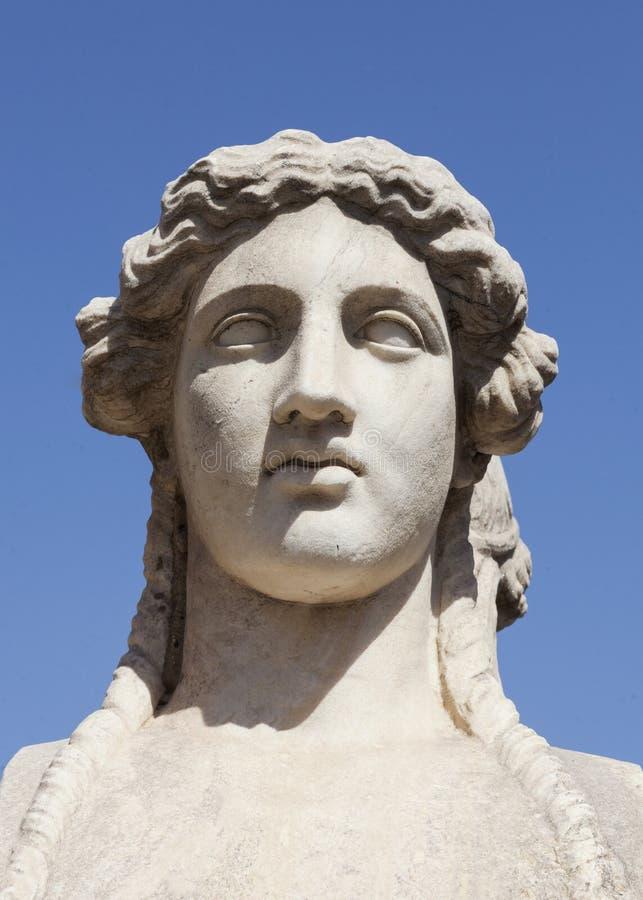 Estatua femenina griega foto de archivo libre de regalías