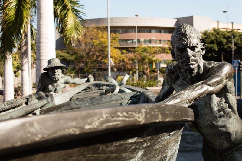 Estatua fuera del mercado de Recova del La en Santa Cruz de Tenerife imagenes de archivo