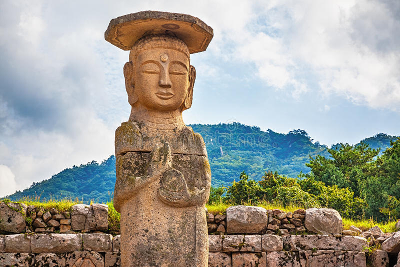 Estatua grande o del gigante de Buda en Corea foto de archivo