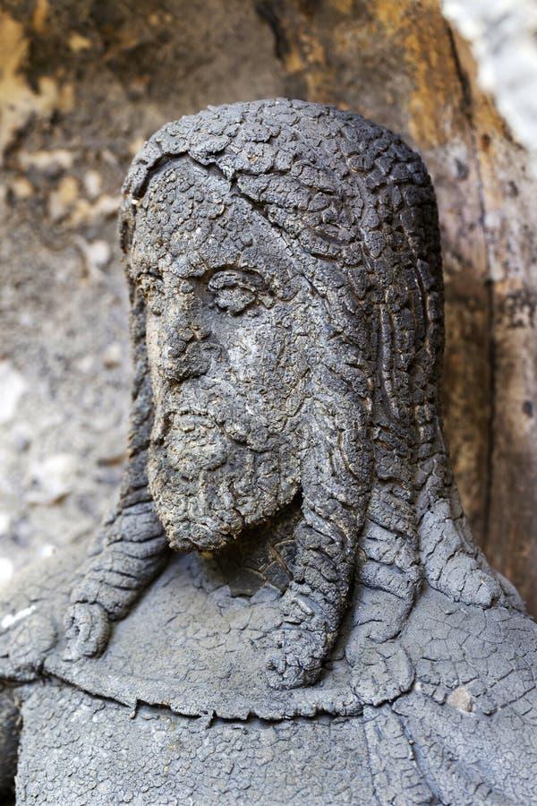 Estatua histórica en el cementerio viejo de Praga del misterio, República Checa imagen de archivo libre de regalías