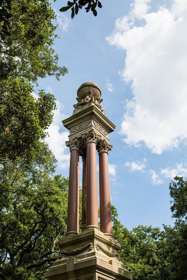 Estatua histórica en Savannah Park imagen de archivo