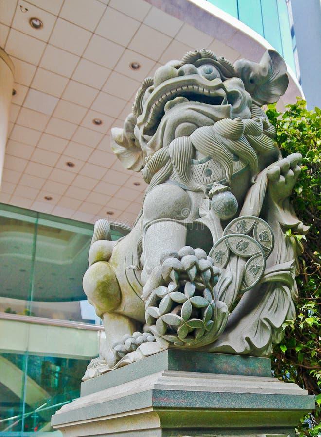 Estatua imperial china del león del guarda fotografía de archivo libre de regalías