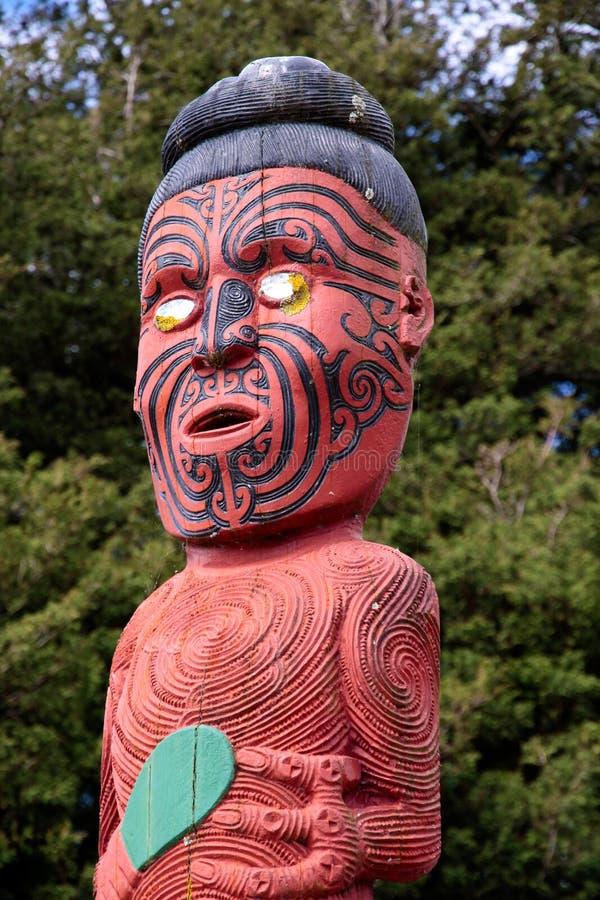 Estatua maorí imágenes de archivo libres de regalías