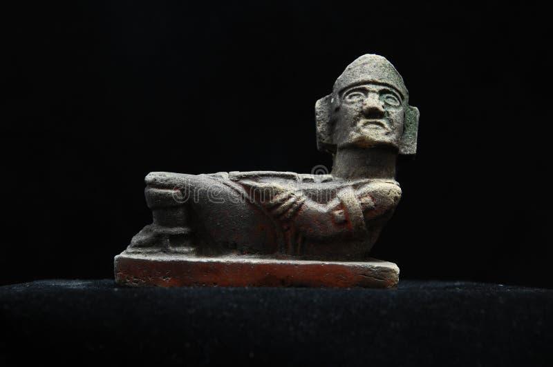 Estatua maya antigua imagenes de archivo