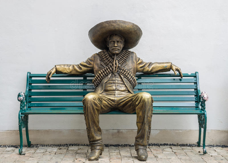 Estatua mexicana del hombre imagen de archivo