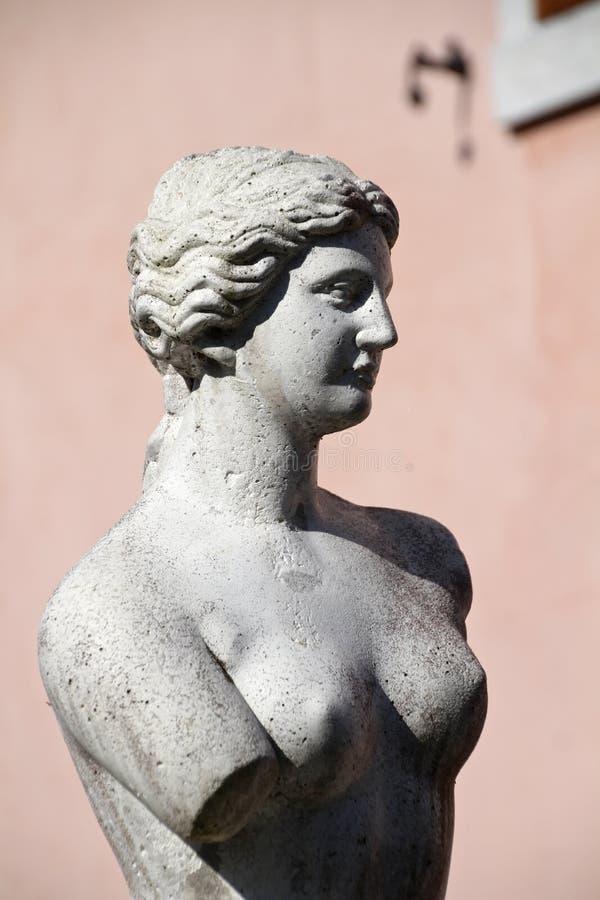Estatua mutilada del venus imagen de archivo libre de regalías