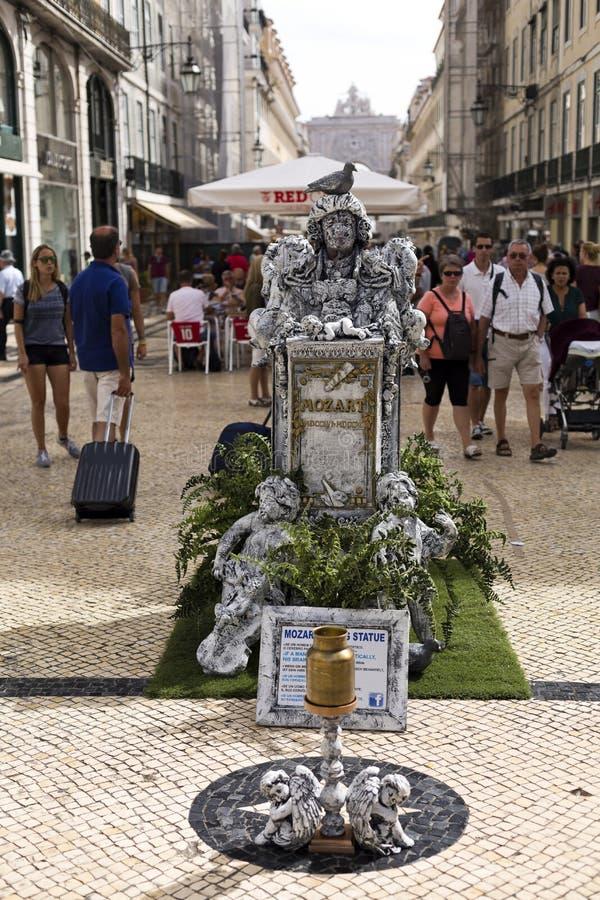 Estatua viva en Lisboa imágenes de archivo libres de regalías