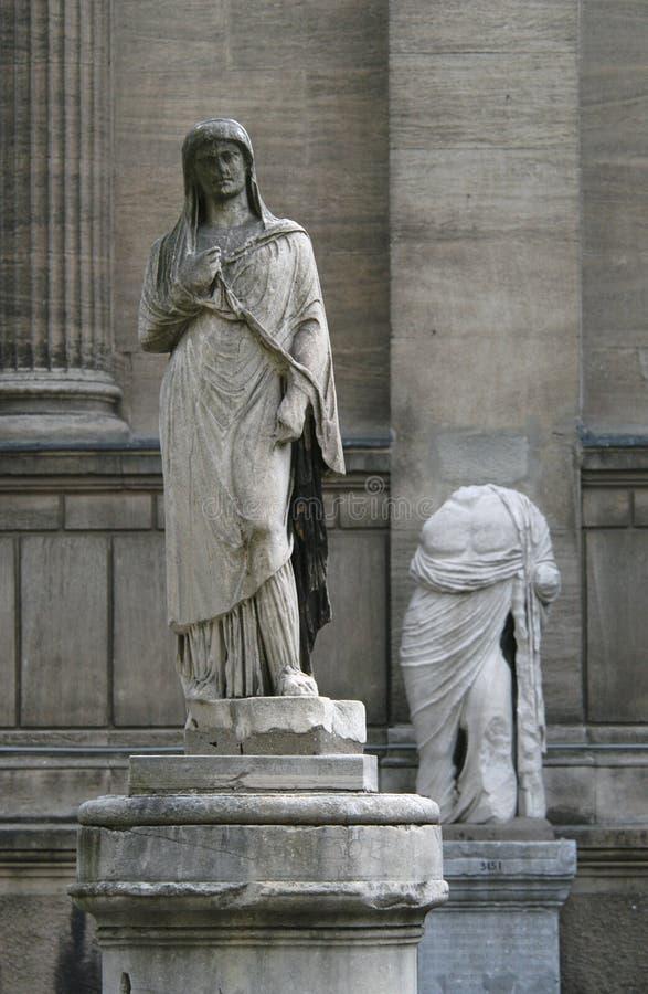 Estatuas antiguas foto de archivo libre de regalías
