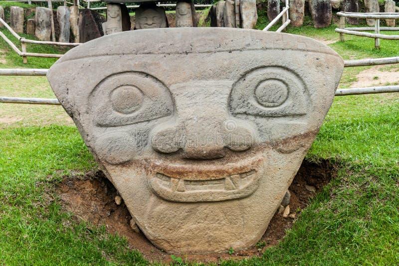 Estatuas antiguas en parque arqueológico en San Agustin imagen de archivo libre de regalías