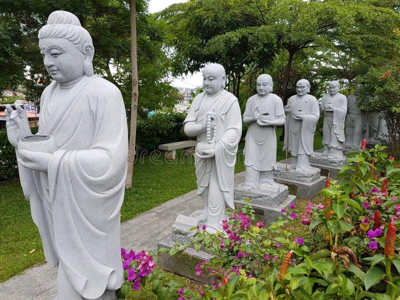 Estatuas budistas fotos de archivo