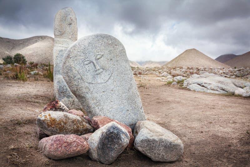 Estatuas de Balbal en Kirguistán imágenes de archivo libres de regalías