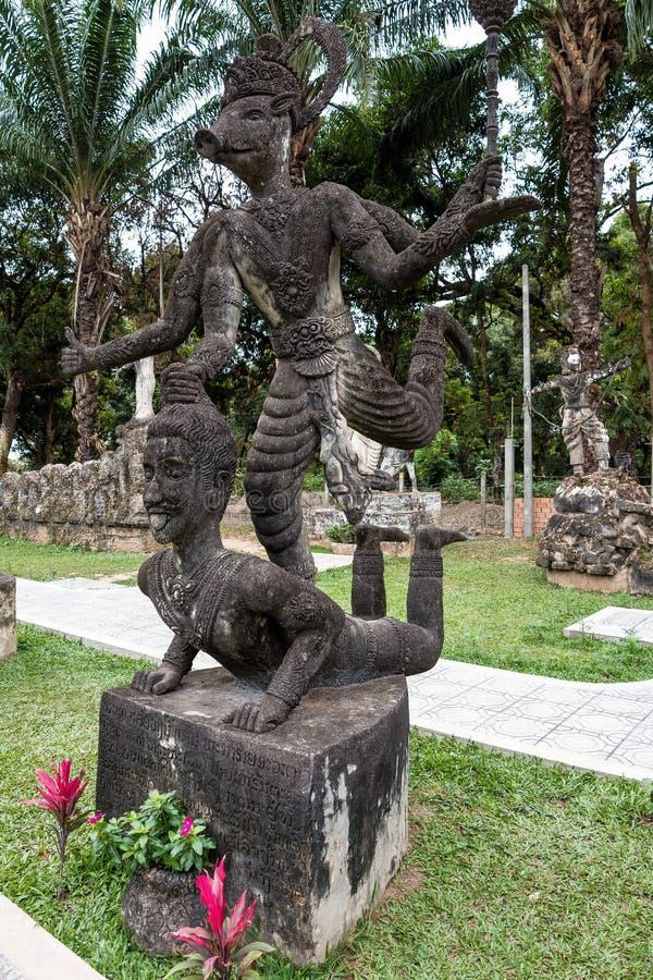 Estatuas de Buda en el parque de Buda en Vientián, Laos imágenes de archivo libres de regalías