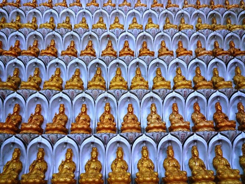 Estatuas de Kuan Yin imagen de archivo