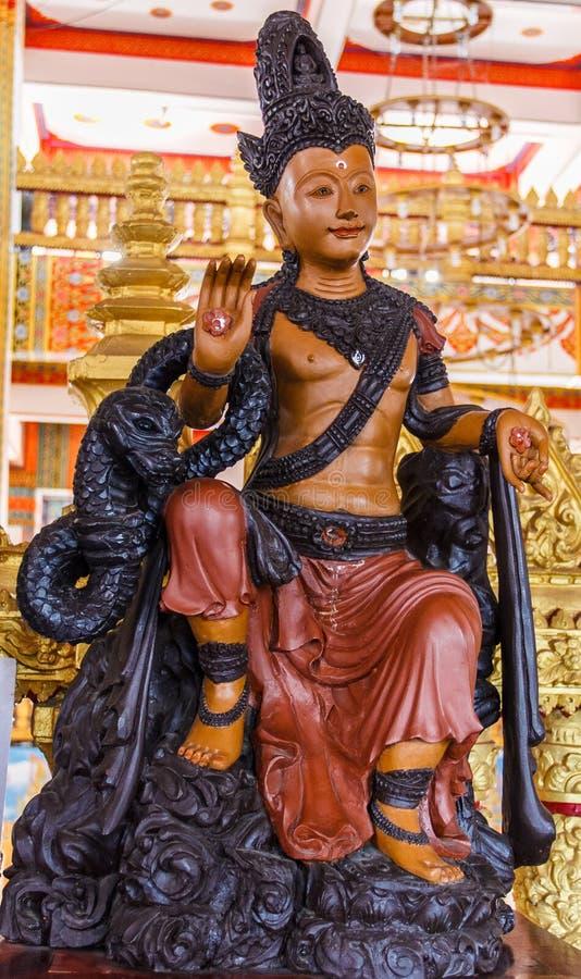 Estatuas de la deidad en Phra Mahathat Kaen Nakhon fotografía de archivo libre de regalías