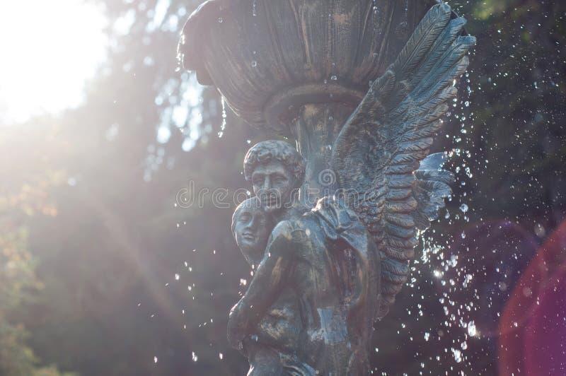 Estatuas de los ángeles fotografía de archivo